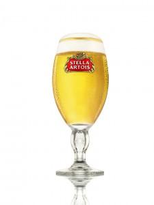 Stella_Artois_chalice_filled